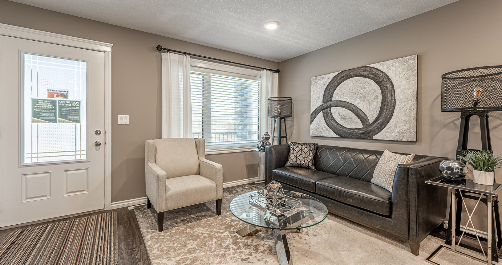 MeadowView Point Living Room